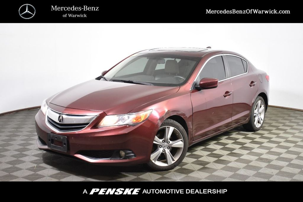 Pre-Owned 2013 Acura ILX 4dr Sedan 2.0L Premium Pkg