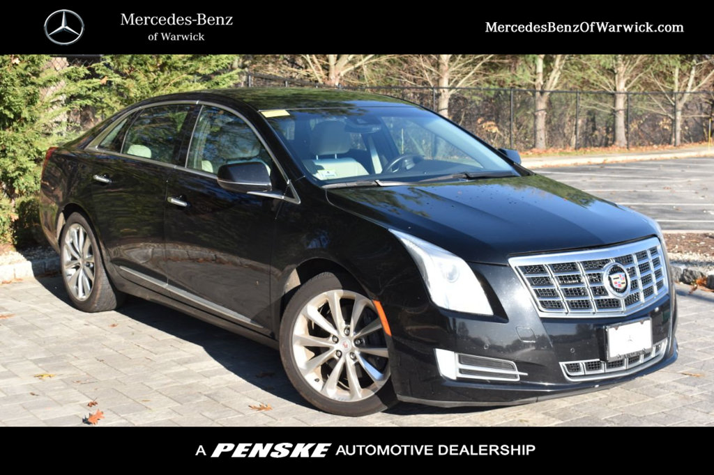Pre-Owned 2014 Cadillac XTS 4dr Sedan Luxury AWD